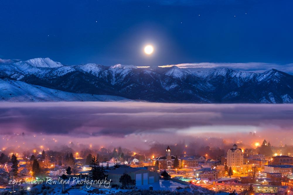 The Magic of Christmas Morn - Full Moon on Christmas Day 2015