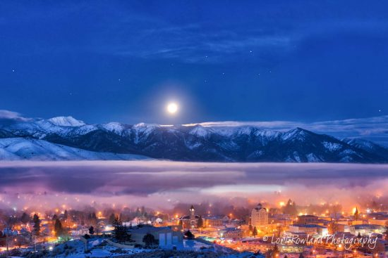 The Magic of Christmas Morn - Standard Crop is a beautiful choice for those who want to see the up-close details of Baker City, a sleepy little town in Eastern Oregon.